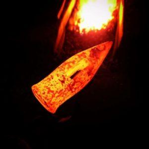 金槌の製作途中焼けた様子