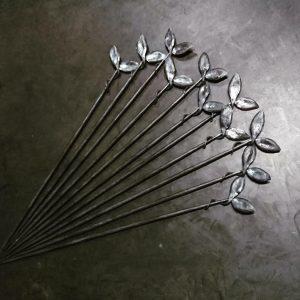 アイアン製窓枠の葉っぱが付いたパーツ